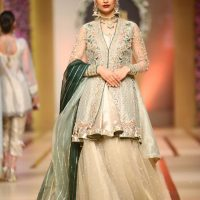 Asifa & Nabeel-QMOBILE HUM TV BRIDAL COUTURE WEEK (QHBCW) 2017 DAY 3 (12)