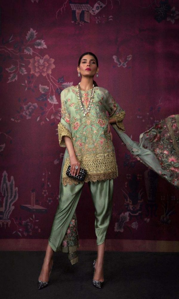 Sana Safinaz Luxury Embroidered Eid Collection 2017-18 (10)