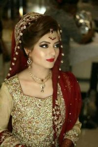 Latet Pakistani Bridals Hairstyle Ideas & Jwelery Designs 2018-2019 (4)
