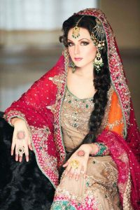Latet Pakistani Bridals Hairstyle Ideas & Jwelery Designs 2018-2019 (9)